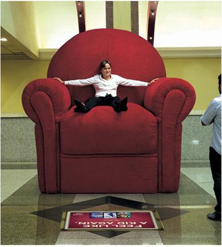 Charmant Disney Giant Seat